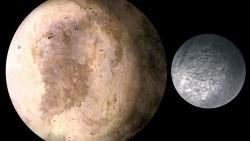 La NASA desvela las mejores fotografías de una de las lunas de Pluto, Charon