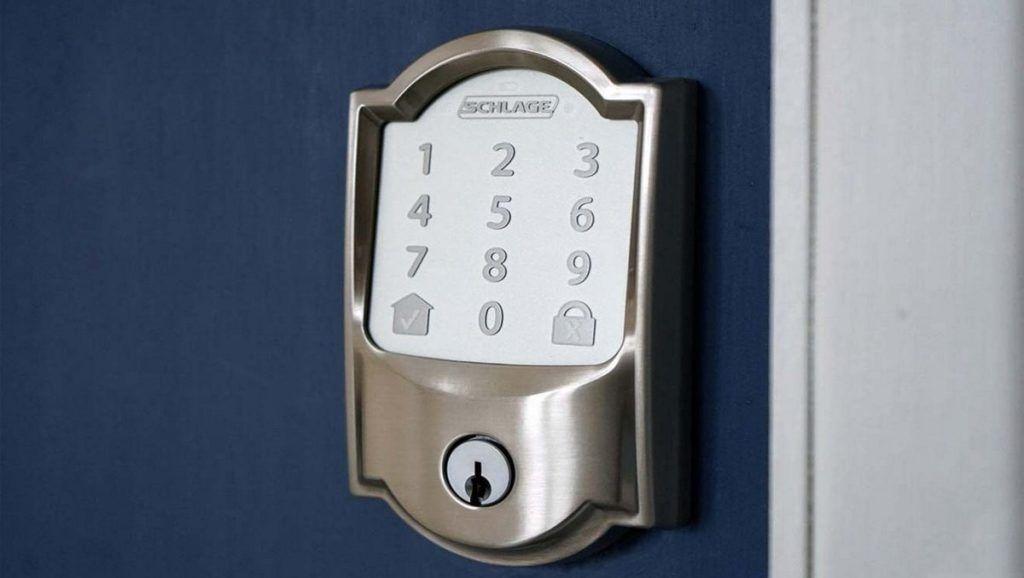 instalar una cerradura inteligente
