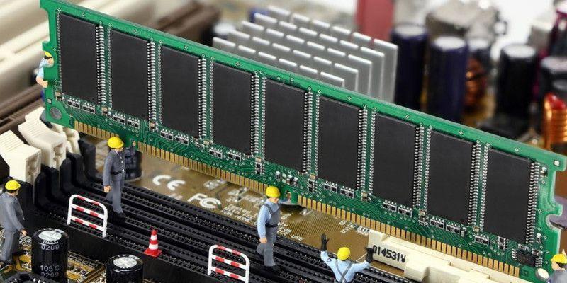 ¿Cómo habilitar XMP (Extreme Memory Profile)?