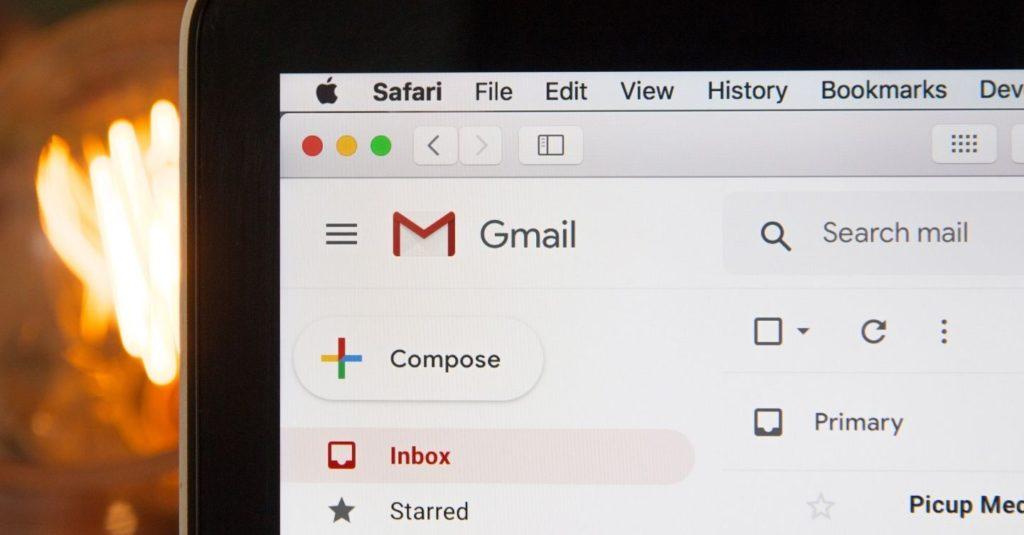 ¿Cómo escribir correos electrónicos más rápido en Gmail?