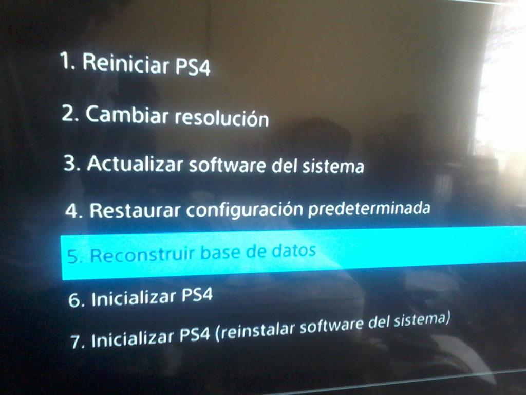 como solucionar problemas de PS4 al reconstruir la base de datos