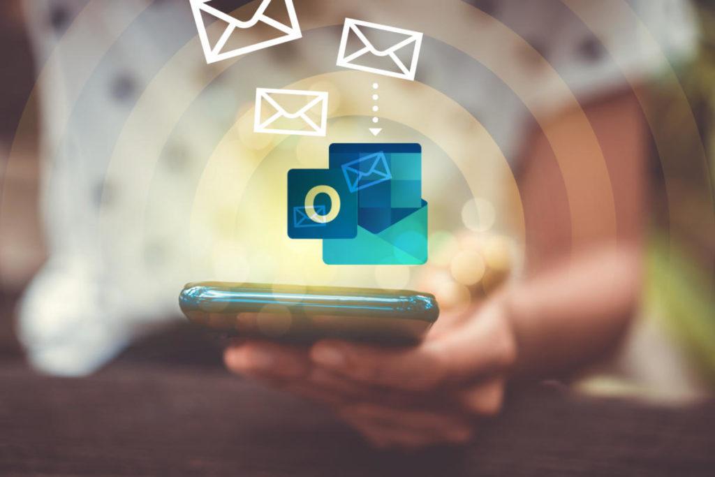 Cómo eliminar correos antes o después de una fecha en Outlook