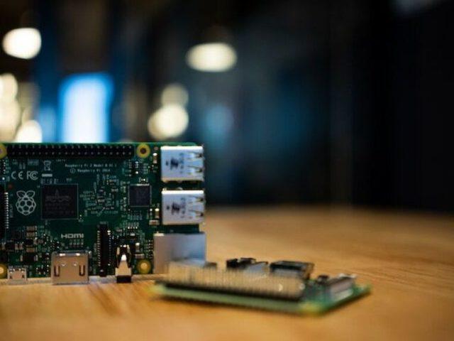 Raspberry Pi ya tiene un gran editor de texto… de Microsoft