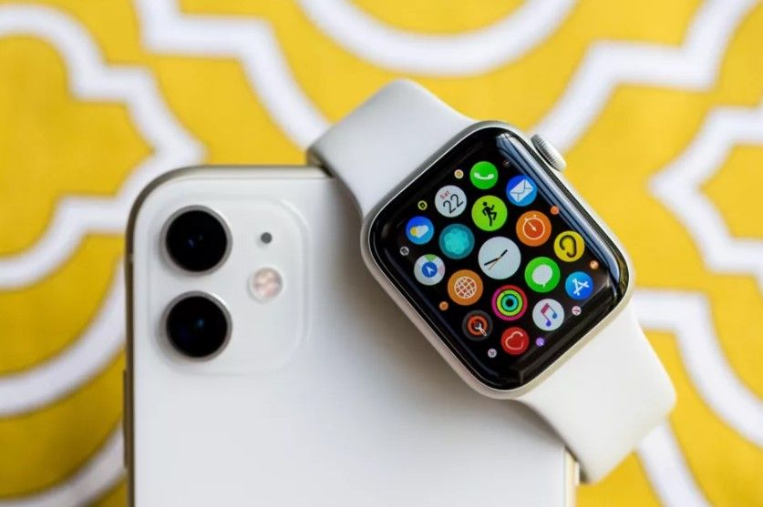 Cómo agregar contactos de emergencia en Apple Watch y en iPhone