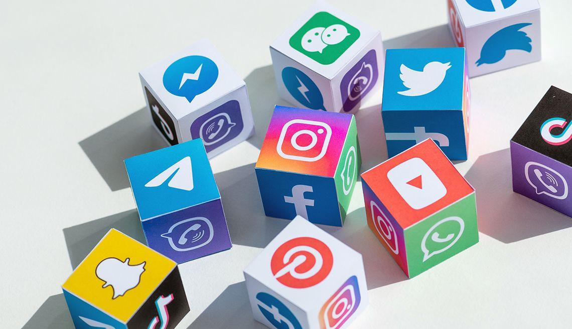 Qué son las historias de las redes sociales