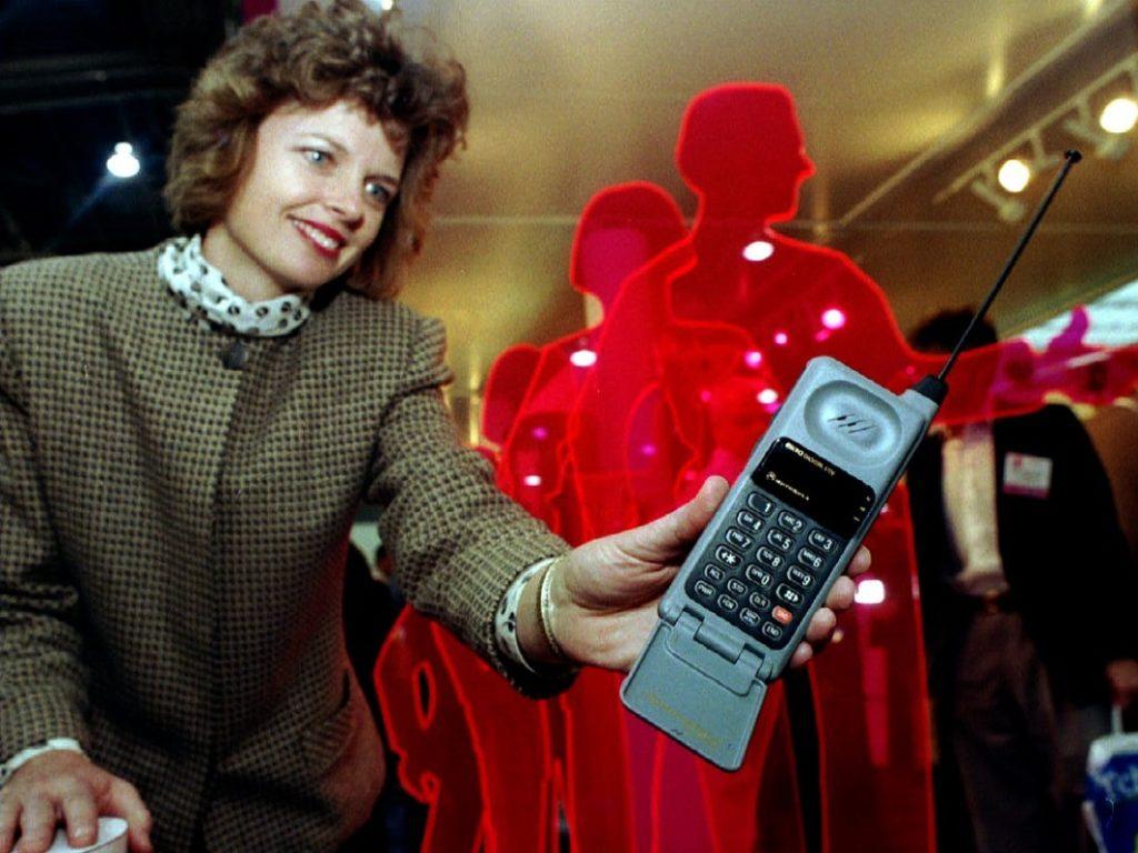 teléfonos antiguos redes modernas 3