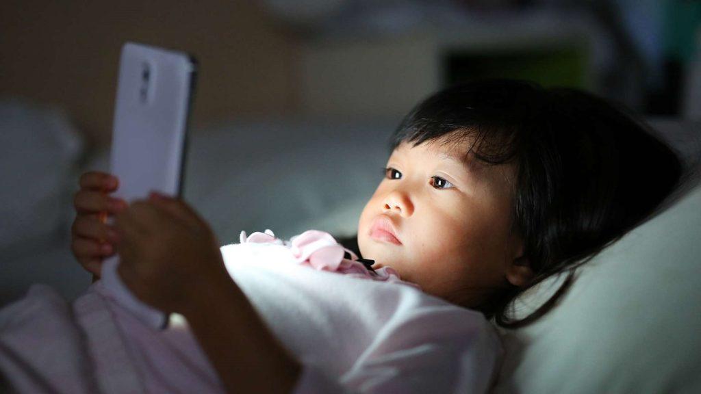 necesita hijo teléfono inteligente 3