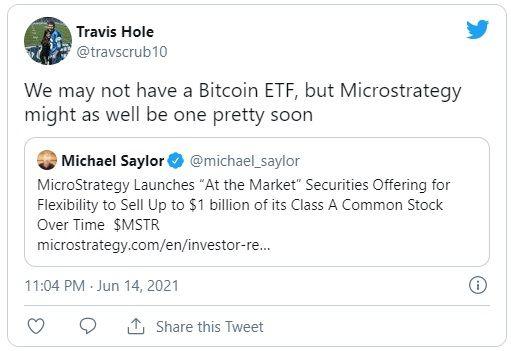microstrategy compra bitcoin