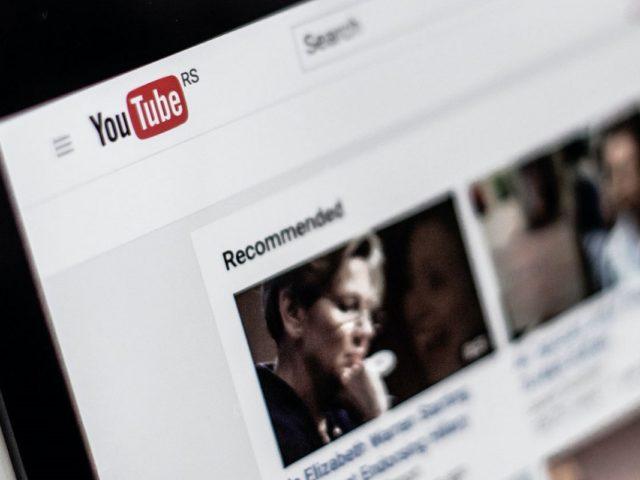 Cómo ganar visitas con palabras clave en los vídeos de YouTube