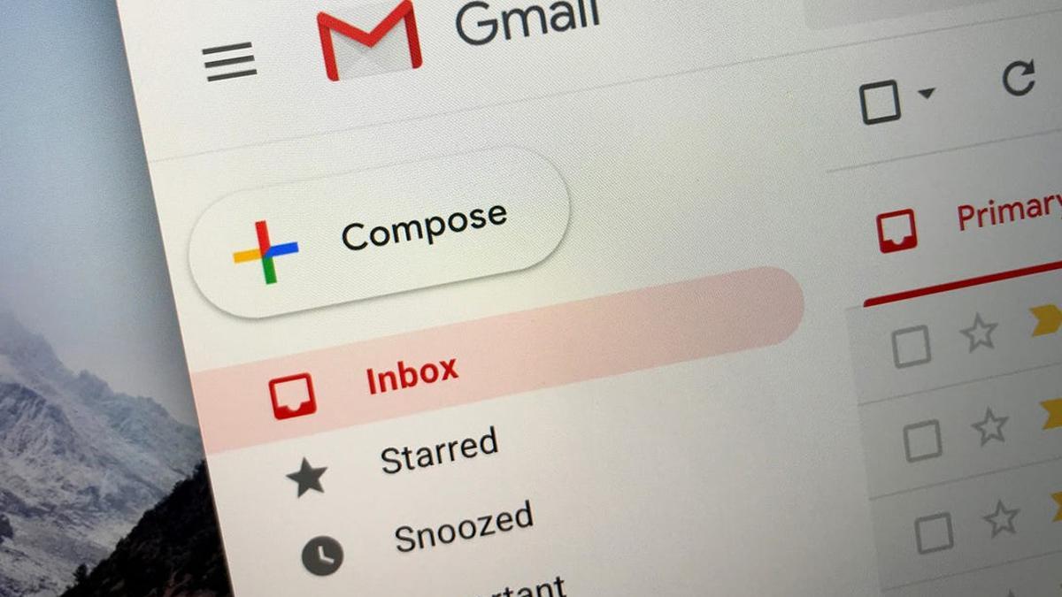 Cómo organizar o mostrar correos electrónicos por remitente en Gmail
